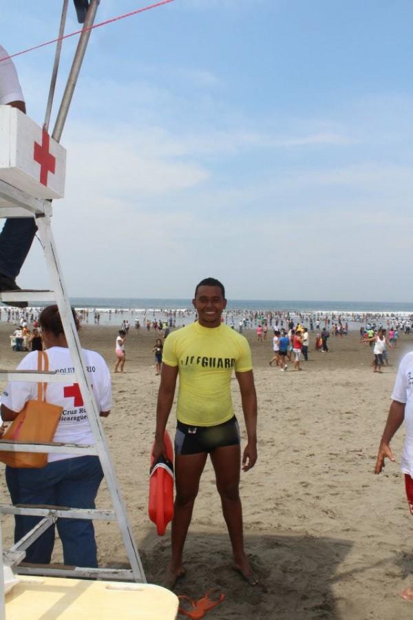Meet ISLA lifeguard Bayardo Sandoval!